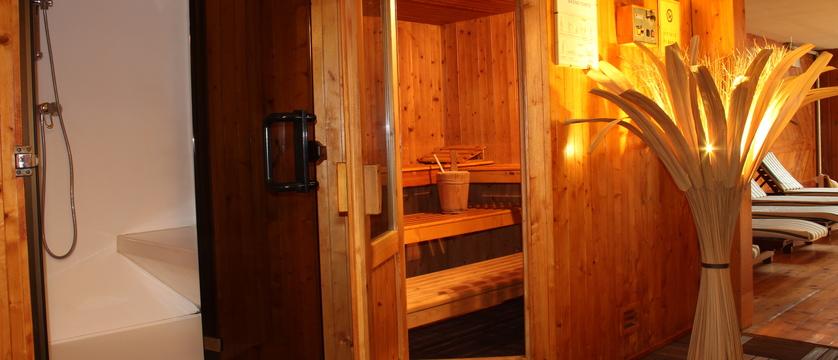 italy_cervinia_hotel_valdotain_sauna.jpg
